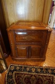 Decorative Bar Cabinet (see 2nd pic)