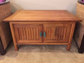 Coffee/side table w/turquoise colored handles - doors open for storage