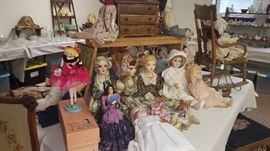 Large selection of vintage dolls.