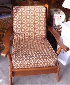 025 Maple Chair