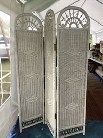 Wicker room divider