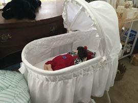 Precious white bassinet