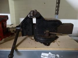 Antique 4in Vise