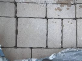 1 pallet of Belgard Urbana 3 PC Aspen Blend 10 pal ...