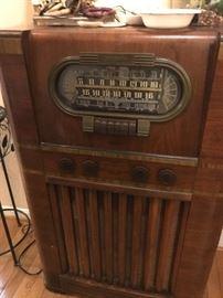 RCA-Floor radio