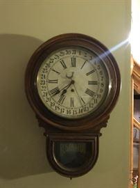 Waterbury antique 8 day clock