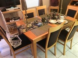 Like new table with 6 matching chairs...excellent condition