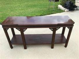 Griggs Consoel table