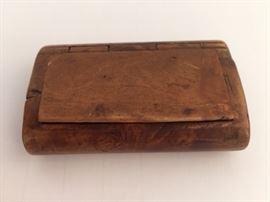 Antique burl snuff box
