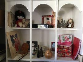 Travel memorabilia and collectibles