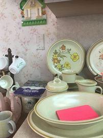 Vintage Hearthstone stoneware