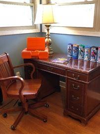 Vintage Knee Hole Desk