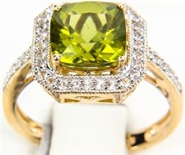 Lot 230 - Jewelry Sterling Silver Peridot Cocktail Ring