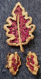 Vintage coro xmas tree pin