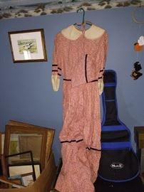 Vintage dress with sun bonnet