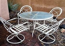 White Lawn Furniture