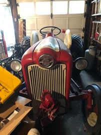 In garage October 2018       The tractor is a Model 600 Ford 1962. In this sale it is a BID item--that is during the time before the end of the By Appointment Sale which ends Sat. Nov 3. you can call in your bids which ends Noon on 11/3. Owner has a reserve. Minimum bid $750 with $50 bid increments. Call Jim 518-488-4273. If you are outbid I will call you to provide an opportunity to rebid.