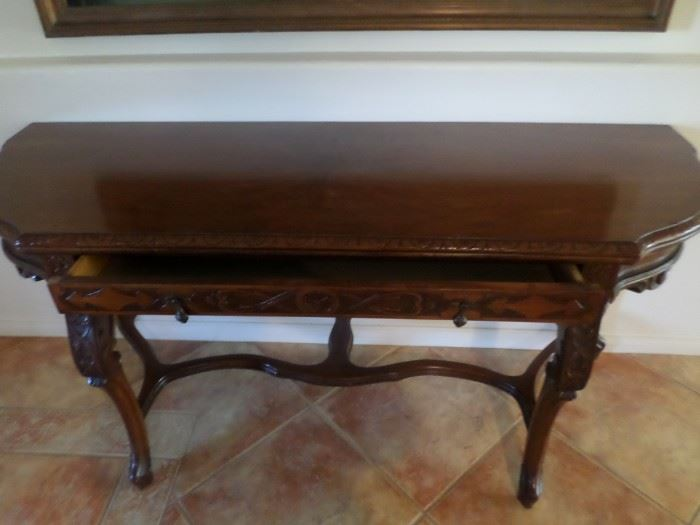 Beautiful Entry Hand carved with single drawer 6ft long
