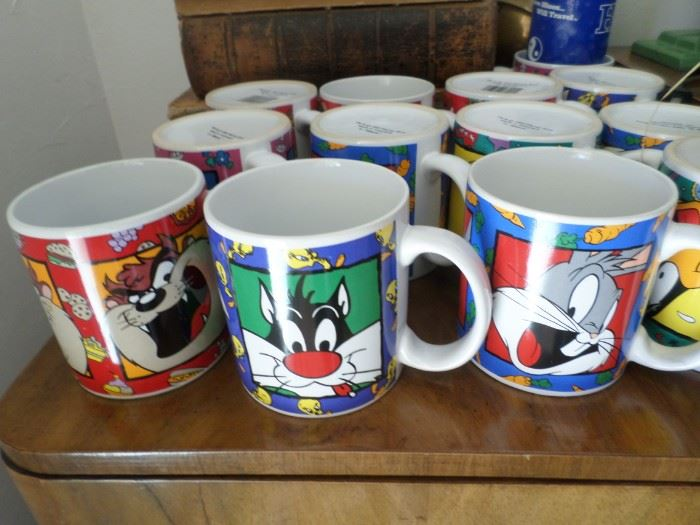 Looney Tunes coffee Mugs: Sylvester, Bugs, Daffy & more