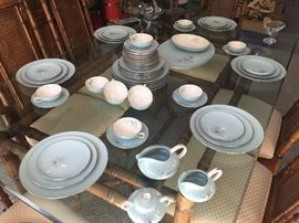 Franciscan Silver Pine. Service for twelve with serving pieces. Excellent condition. Sixty six Beautiful pieces.