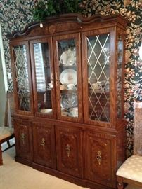 4 sectioned china cabinet
