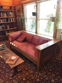 Stickley Mission style Settle