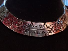 "STERLING SILVER NECKLACE 1"" WIDE / GREAT DETAIL"