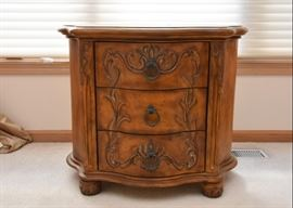 "Lovely Carved Side Table / 3 Drawer Chest (Approx. 31"" L x 22.5"" W x 26"" H)"