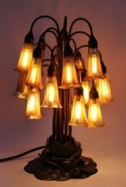 "TIFFANY STUDIOS BRONZE ""LILY LAMP"" CA. 1906, 18 LIGHTS, H 19 3/4"", DIA 10"" Lot # 1026"