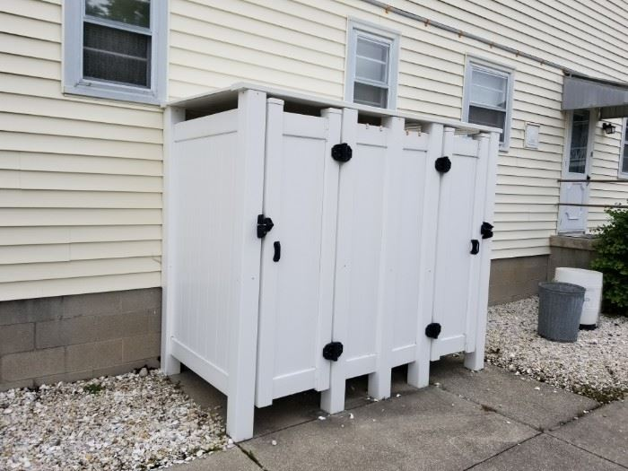 """Vinyl outdoor shower enclosure - dual unit. Great for his & hers! Approximately 52"""" x 104"""""""