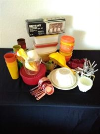 Tupperware, measuring cups, cookie cutters & nutcrackers         https://ctbids.com/#!/description/share/71153