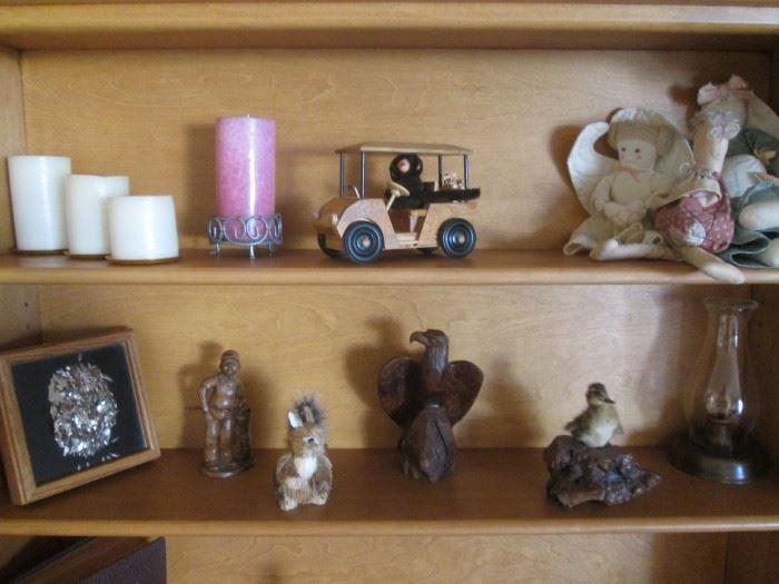 Sculpture & Figurines