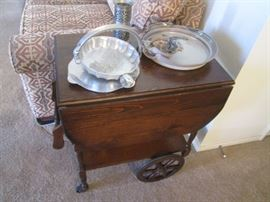Traditional Rolling Cart with drawer and oversized wheels