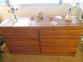 6-Drawer Dresser, has 2-Drawer Matching Nightstand