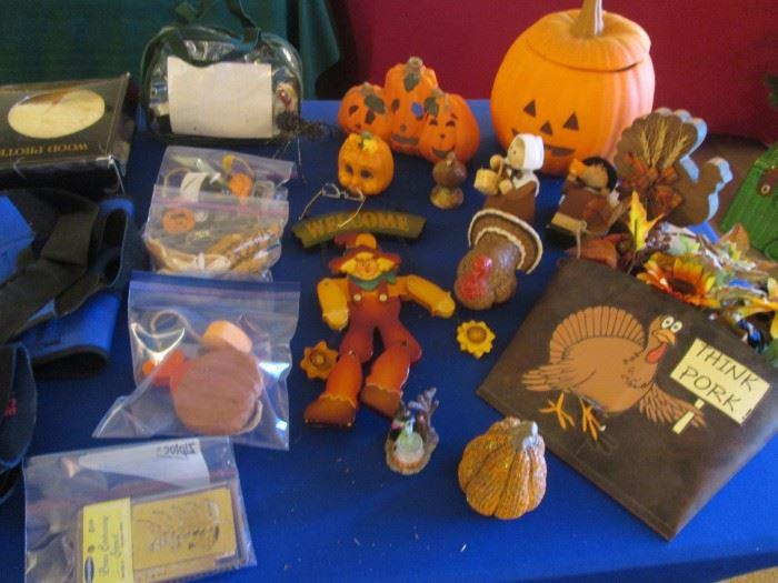 Halloween isn't forgotten yet & Turkey Day is on the way!
