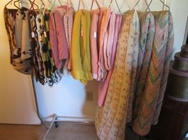 Blankets, Throws, Bedspreads