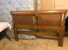 Thomasville Queen size bed