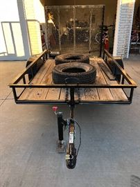 2017   single axle trailer like new with ramp..Only$650