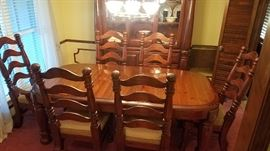 Dining table with two leafs and six chairs, Paul Bunyan Collection by Singer Furniture, circa 1970s
