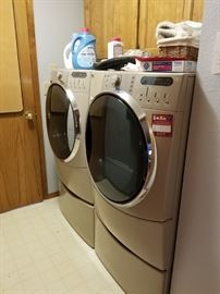 Kenmore Elite HE5t and HE5 smartheat quietpak 9 front load washer and dryer