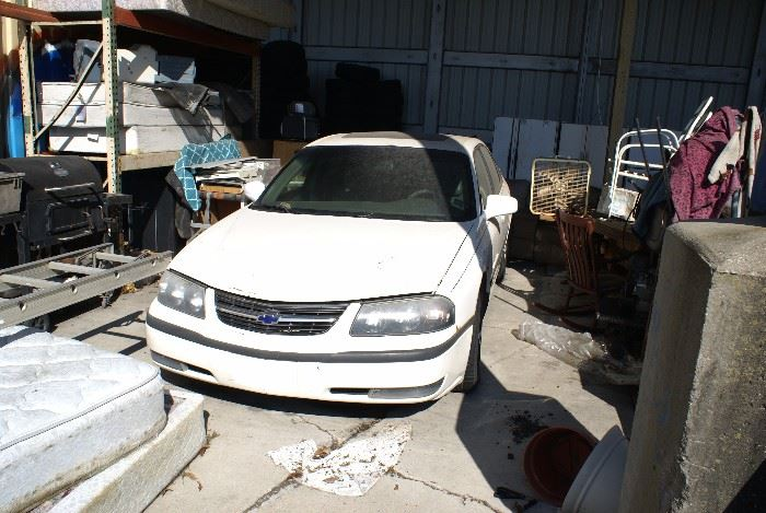 2001 Impala Chevrolet Runs Great Has Rebuilt Transmission & Low Mileage Engine