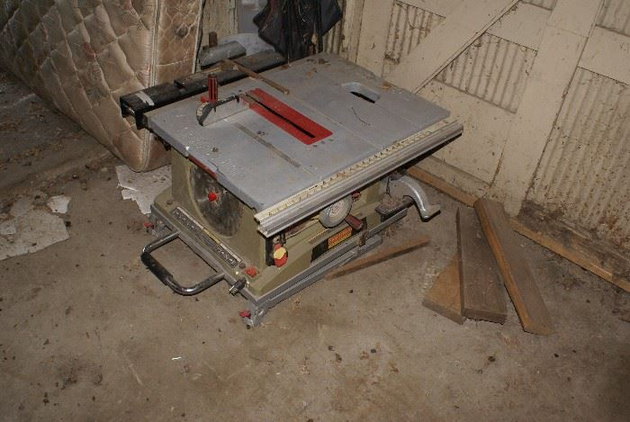 Craftsman Table Saw with Legs