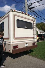 Fleetwood RV Runs & Drives Great