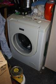 Front Load Samsung Washer & Dryer