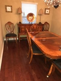 GORGEOUS FORMAL DINING TABLE AND CHAIRS BY UNIVERSAL FURNITURE