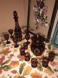 ANTIQUE ETCHED CRANBERRY GLASS DECANTER / PITCHER AND  GOBLETS SET