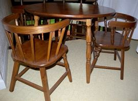 child's table and 4 chairs