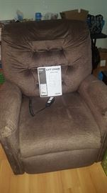 PRIDE Electric Lift Chair.  Brown/Taupe