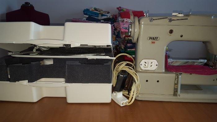 PFAFF Sewing/Embroidery Machine & Attachments