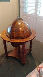 Globe Storage